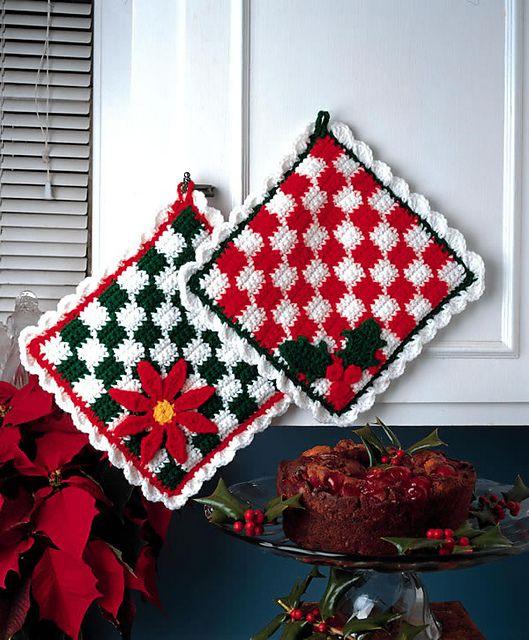 Poinsettia Crochet Hot Pad FREE Pattern