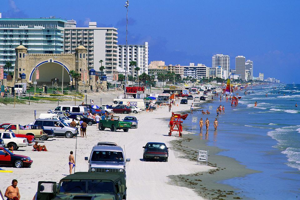Best Beach For Families USA Florida Daytona People On Beside Waterfront Hotels