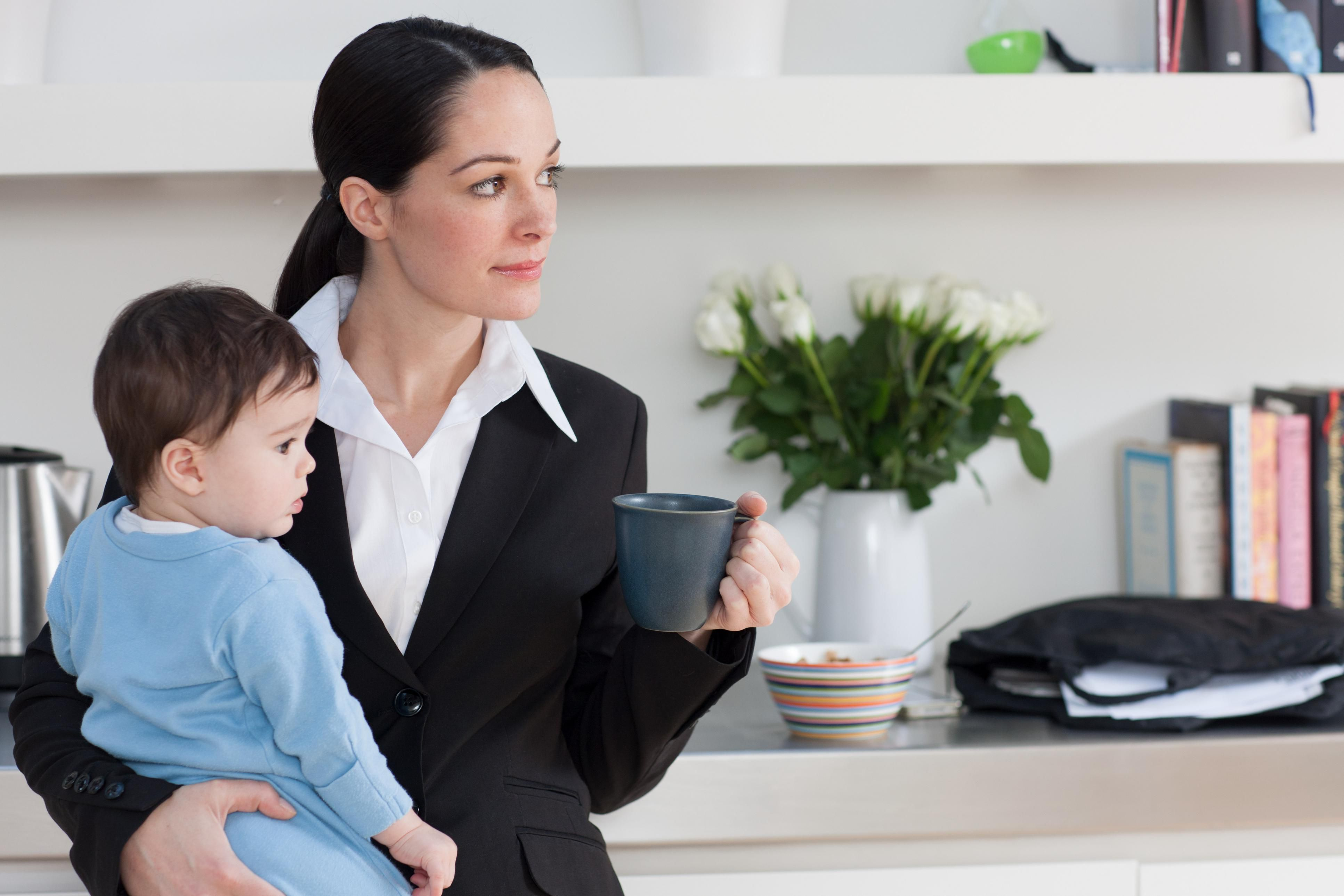 working woman vs stay at home Working mothers vs stay at home mothers the sex lives of the working women are most of the time compromised because of the problems associated with the fact of.