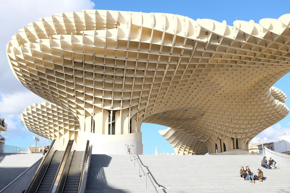 cultural tips for Spain, Spanish business travel, business tips for Spain
