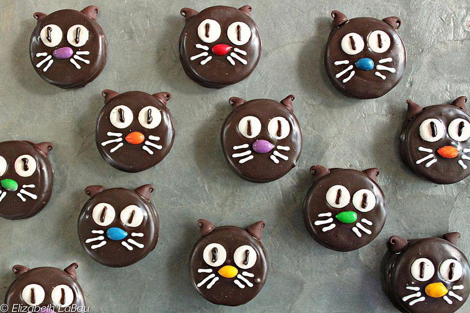 Black Cat Chocolate-Dipped Cookies