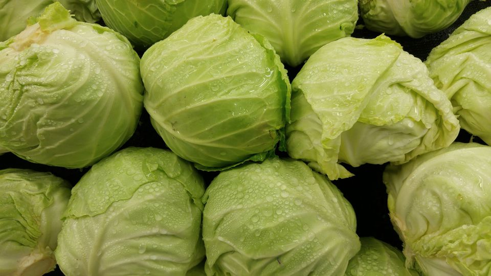 Full Frame Shot Of Wet Cabbages At Market