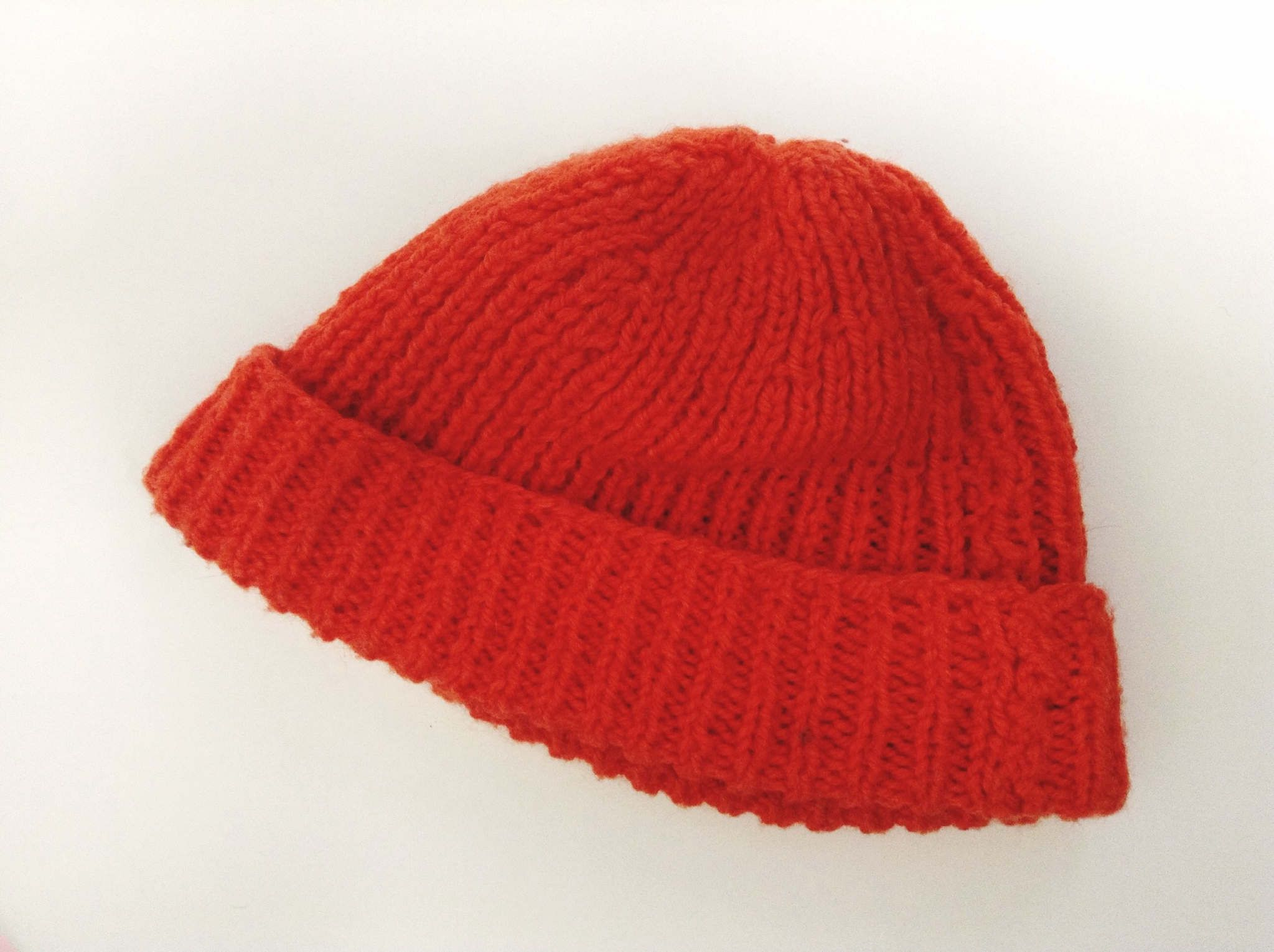 Double Knitting In The Round Hat : Free knitting pattern for a ribbed hat knit flat