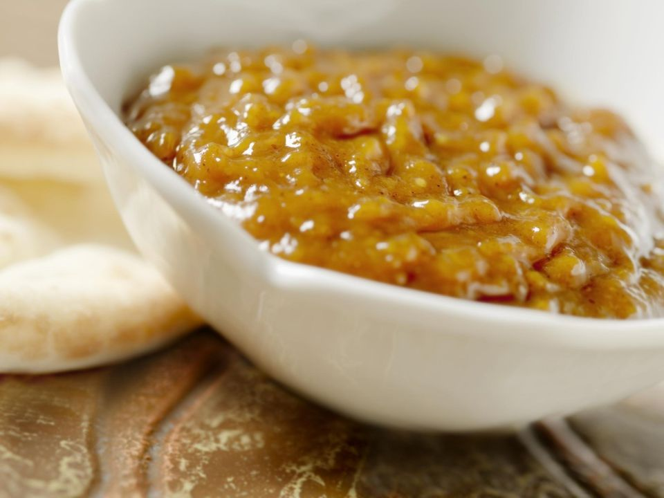 Mango Chutney with Naan Bread