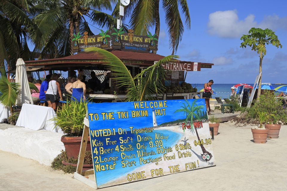 Bar, Junkanoo Beach, Nassau