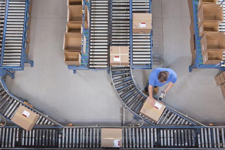 Shipping Center