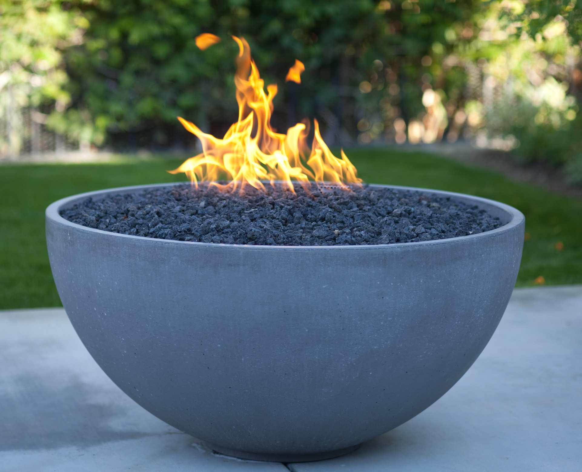 what to look for when buying a fire pit