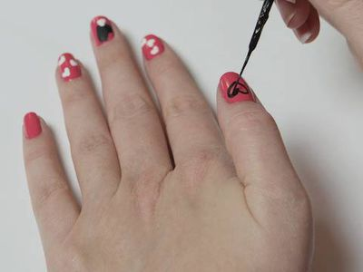 French manicure how to do it yourself at home tips for doing nail art prinsesfo Gallery