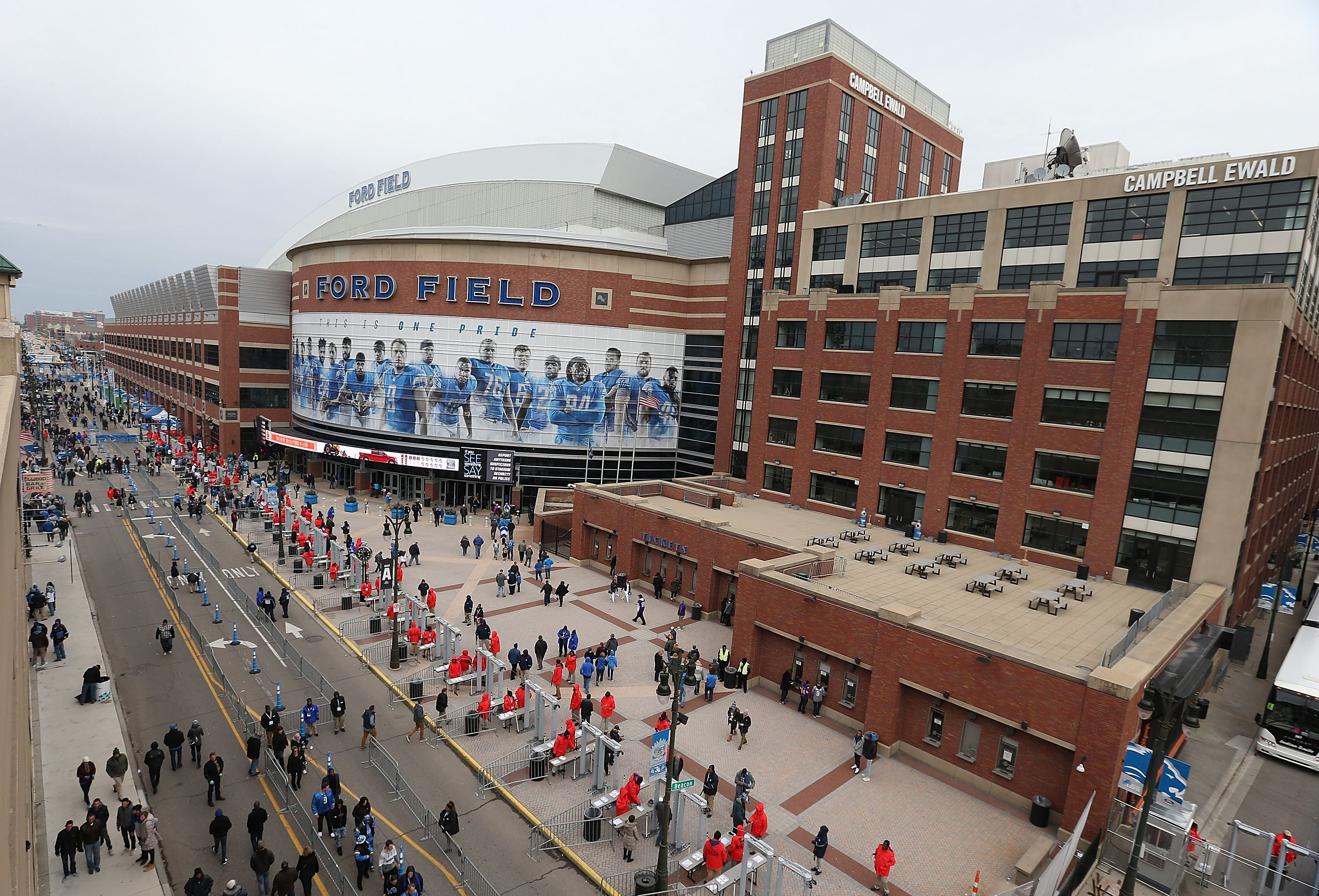Lions Auto Sales >> Tips for Detroit Lions Tailgating, Ford Field Parking