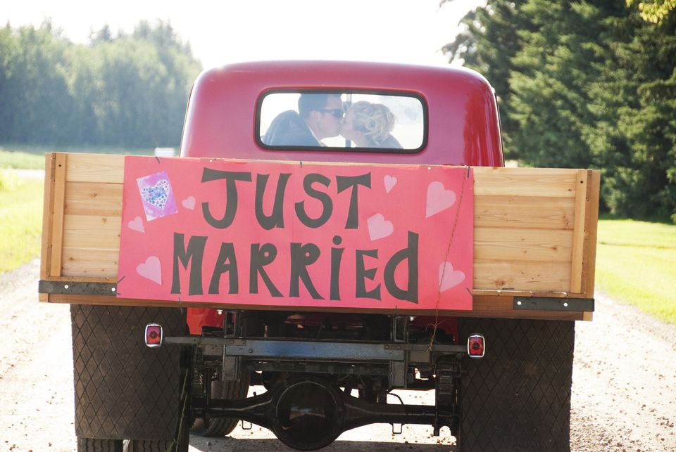 Just married truck sign