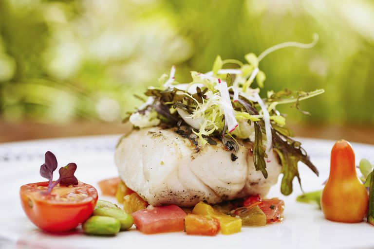 Haddock with tomato and pineapple relish