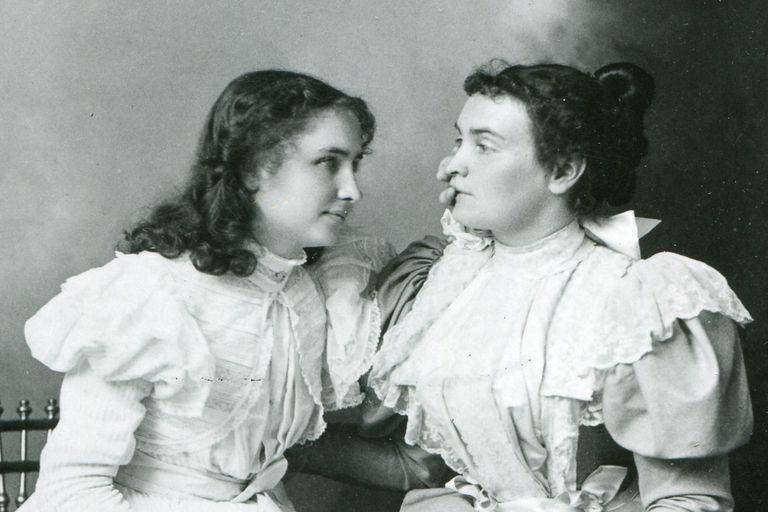 Helen Keller and Annie Sullivan, 1897