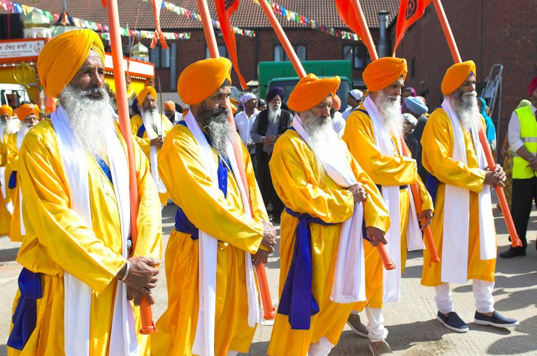 Panj Pyare leading a procession