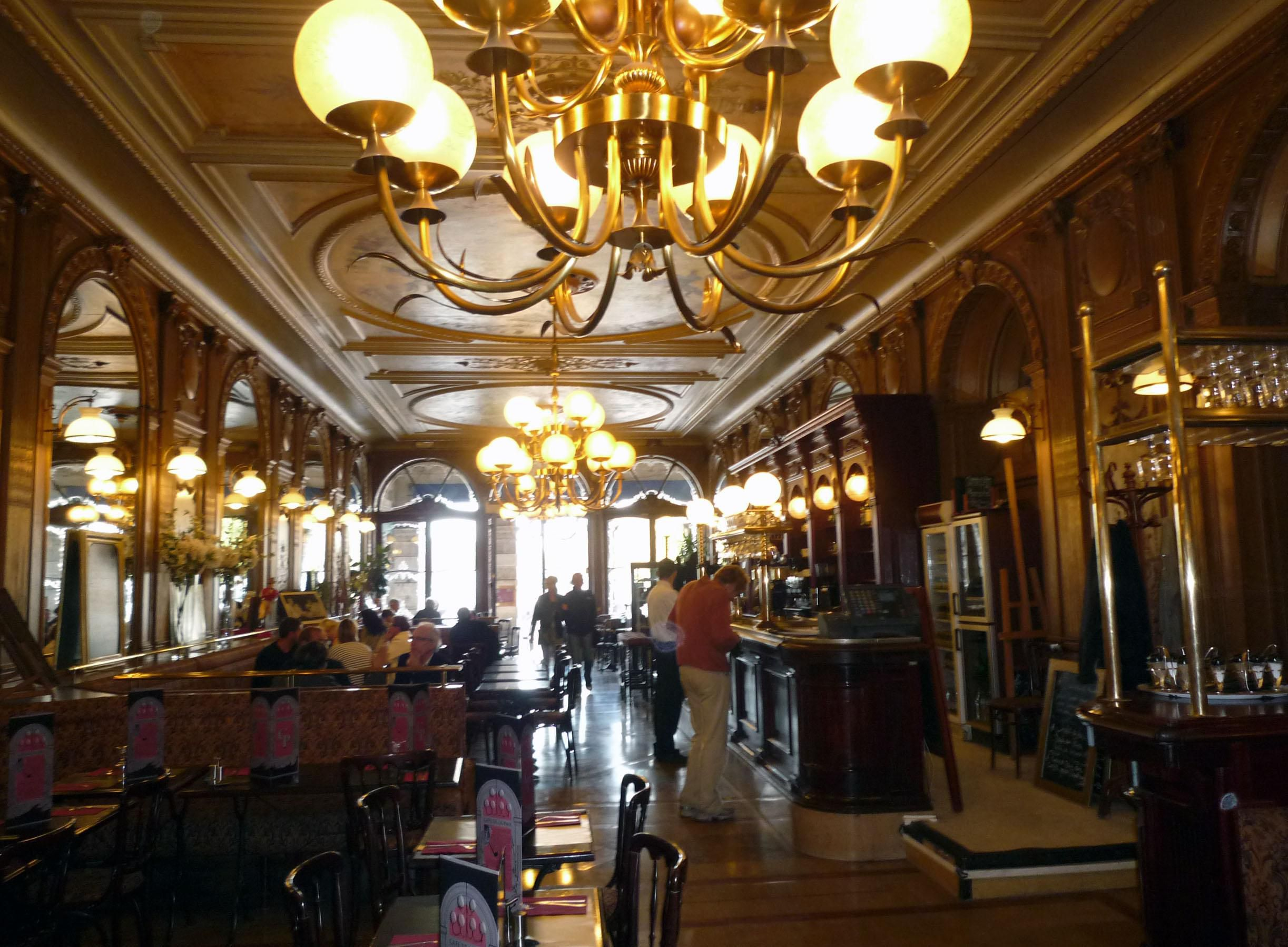 15 Of The Best Traditional Paris Cafes And Brasseries