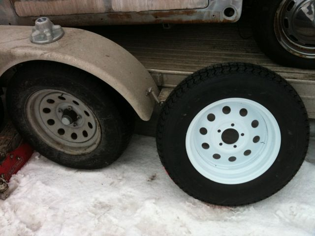 how to replace trailer wheels and tires. Black Bedroom Furniture Sets. Home Design Ideas