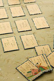 Tarjetas con deseos en el piso