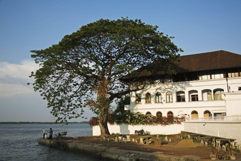 Brunton Boatyard hotel.