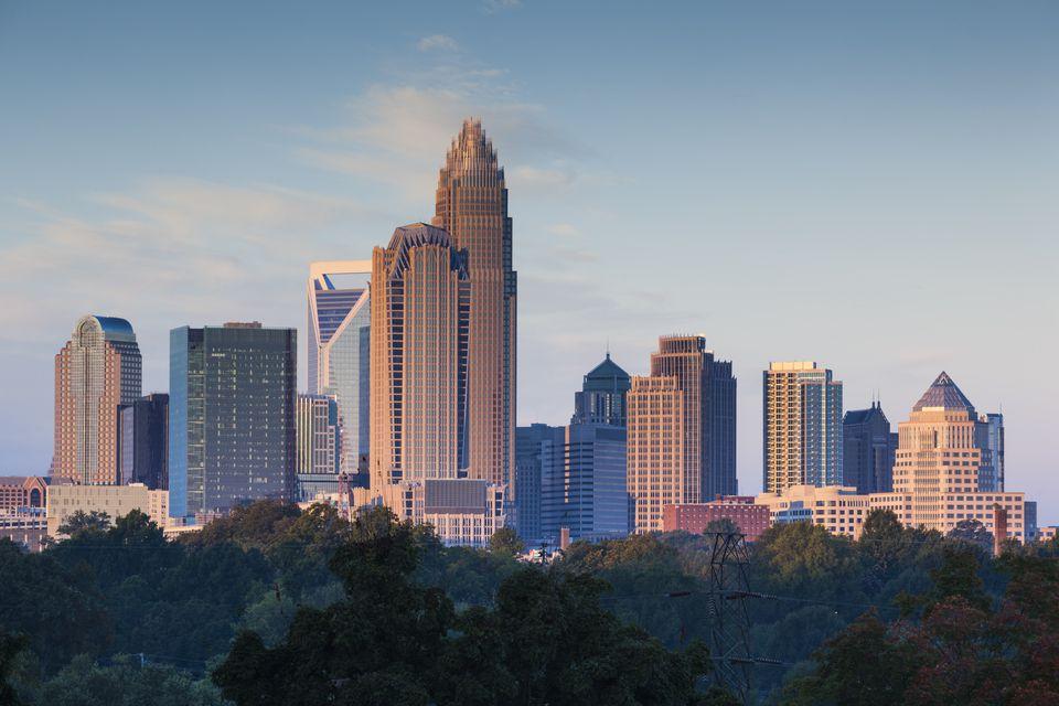 USA, North Carolina, Charlotte, View of city skyline