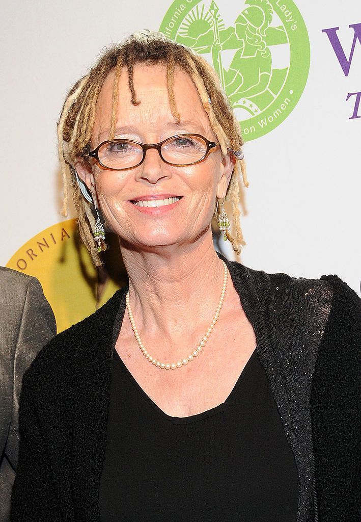 """anne lamott short essay In anne lamott in bird by bird: some instructions on writing and life, """"shitty first drafts"""" and """"perfectionism"""" she discuss the right way to write or to become a good writer and the right way to live your life as a writer."""