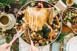 The 7 Smartest Ways to Cut Thanksgiving Calories recommend