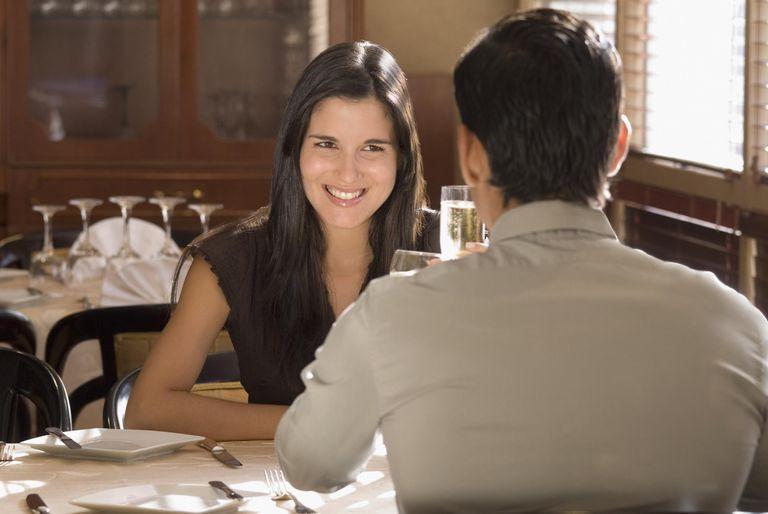 Hispanic couple at restaurant