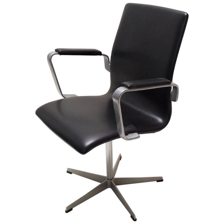 Oxford Desk Chair by Arne Jacobsen for Fritz Hansen
