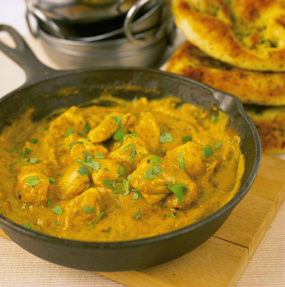 Chicken korma in iron pan