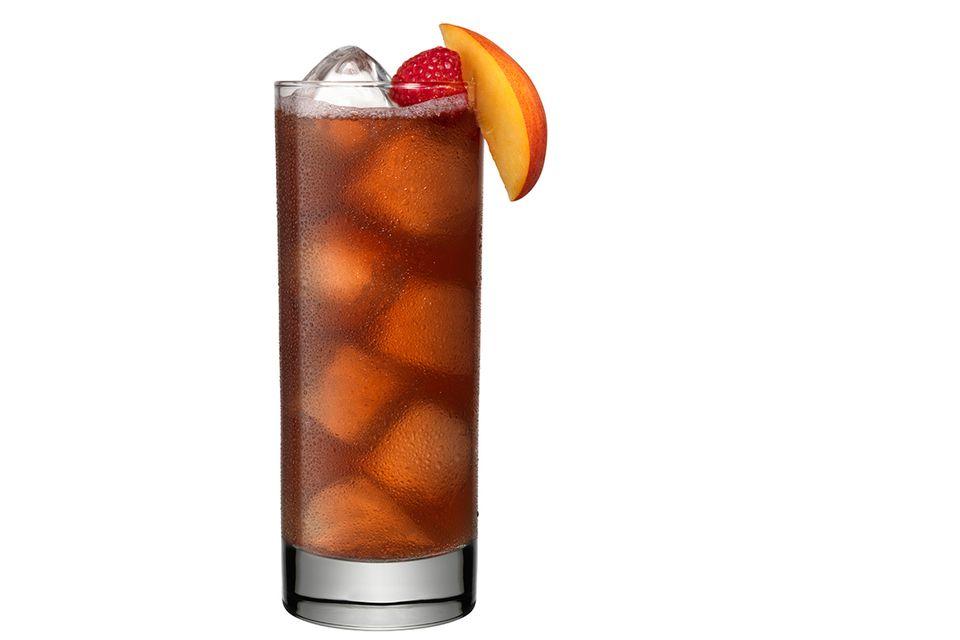 Grand Marnier Raspberry Peach Cobbler Cocktail