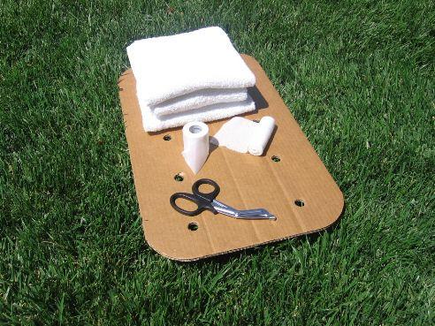 Items for splinting a broken arm