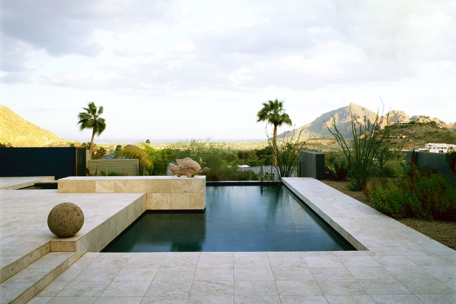 Tips for residential swimming pool construction for Building a pool
