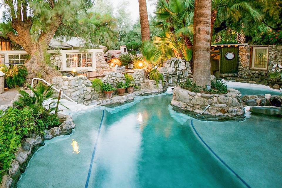 Outdoor Hot Springs at Two Bunch Palms