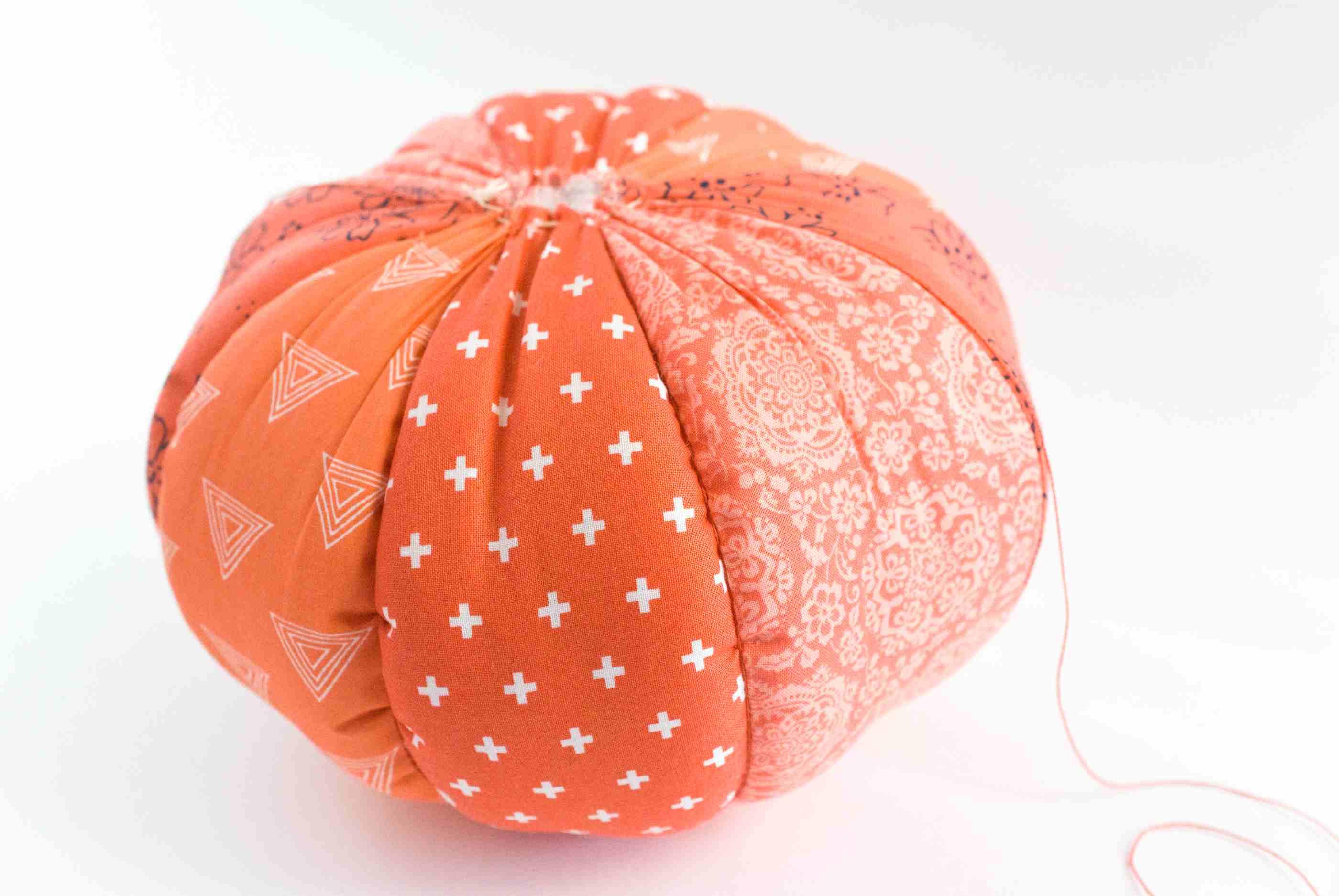 free pumpkin pillow sewing pattern