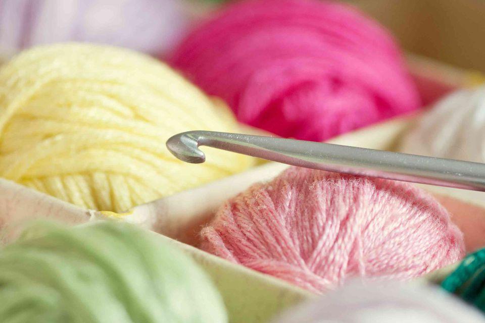 Crochet hook and thread