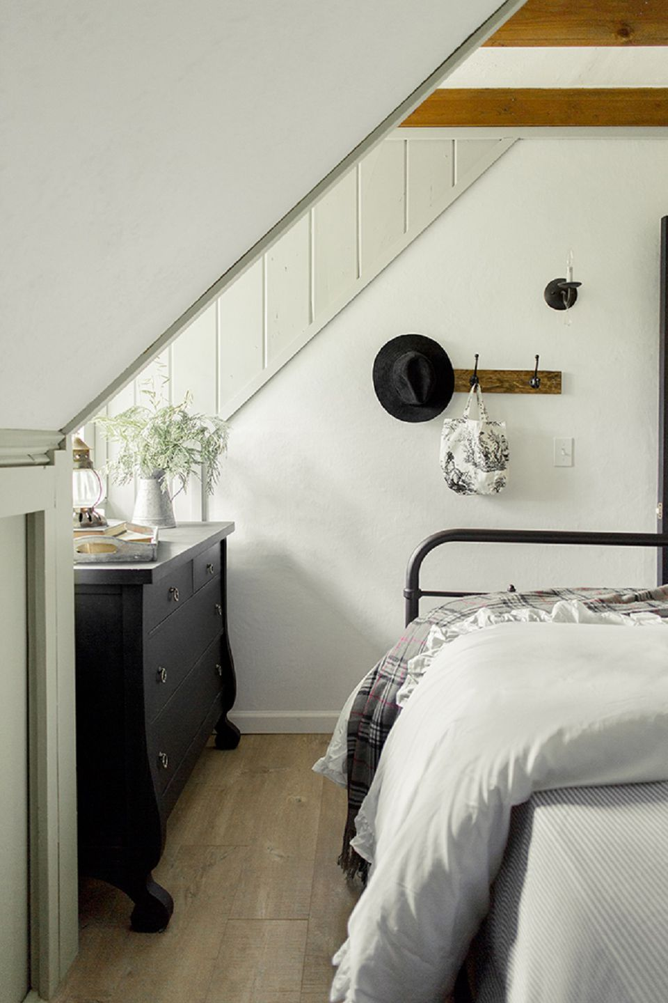 Farmhouse style bedroom ideas - Camera stile country ...