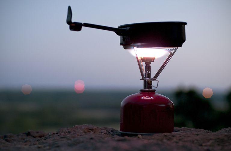 camp-stove-bud-force-getty.jpg