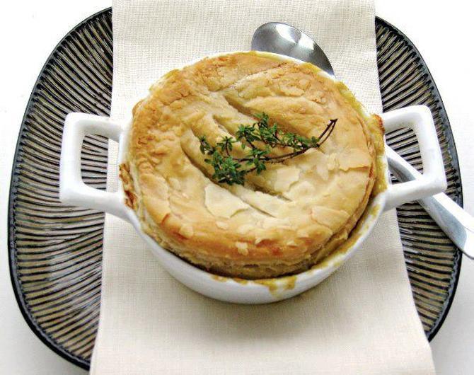 """Vegetarian """"chicken"""" pot pie made with gardein vegan chicken"""