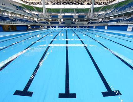how big is an olympic size pool - Olympic Swimming Pool Underwater