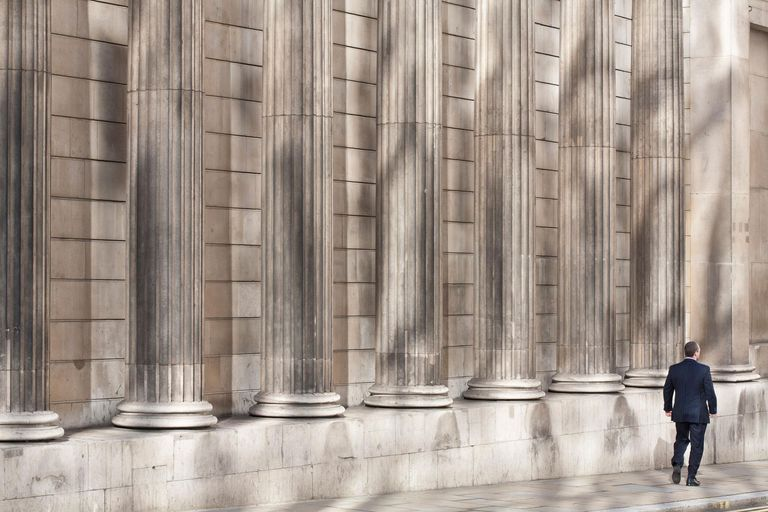 UK, London, district of the City, Bank of England founded in 1694, in the eighteenth century building designed by English architect Sir John Soane, but significantly modified in the twentieth century by Sir Herbert Baker
