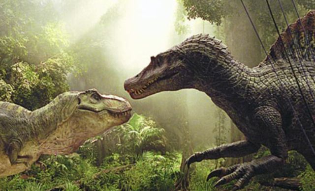 Learn About Spinosaurus, the Sailed Dinosaur