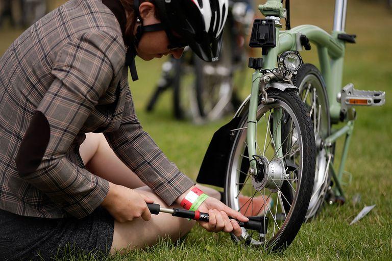 Folding Bikes Race At Goodwood