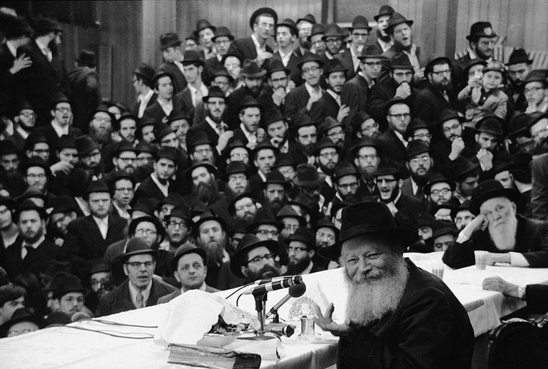 Rebbe Menachem Mendel Schneerson speaking in the 1970s to his Chabad-Lubavitch followers.