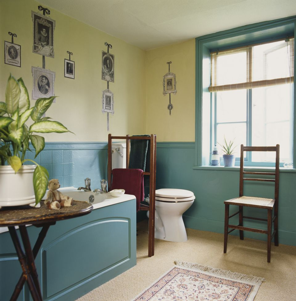 Traditional Bathroom with Wooden Tub Enclosure