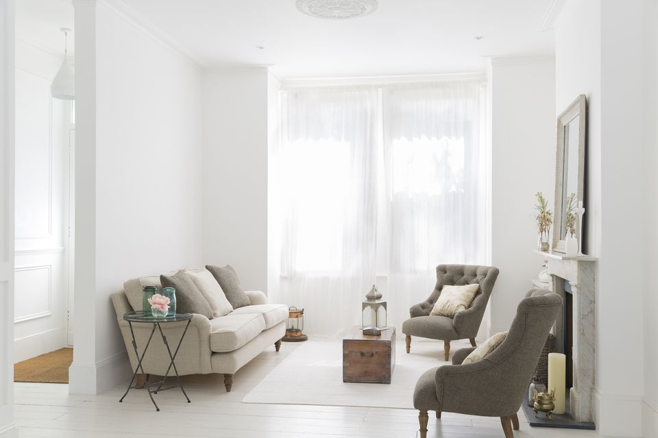 Image gallery of small living rooms for Small room no windows