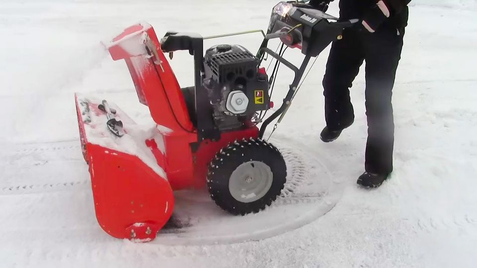 Snow blower picture