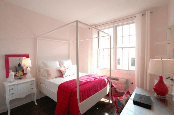 pink bedroom furniture. Soothing pink bedroom with canopy bed  How to Decorate a Master Bedroom Pink