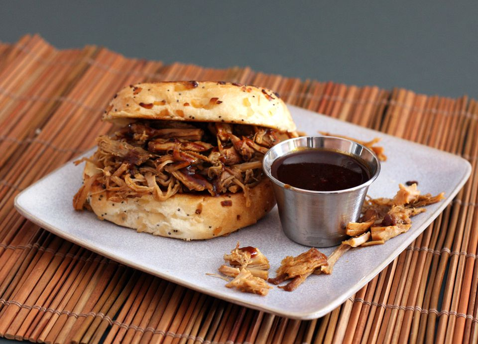Pulled Pork Barbecue Slow Cooker