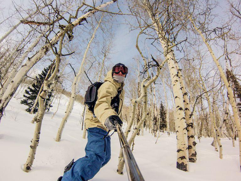 best-snowboard-gifts.jpg