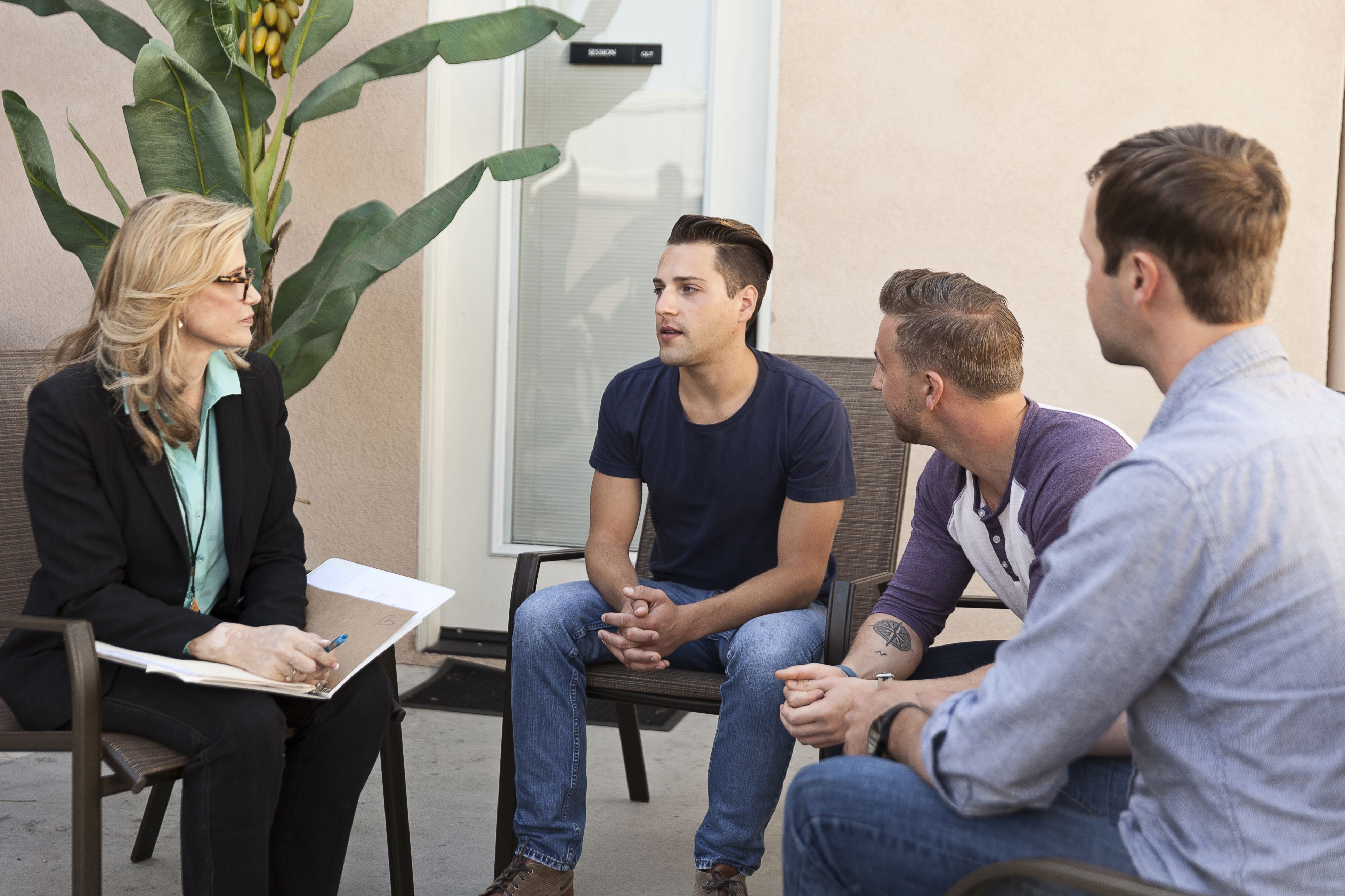 what is a mental health counselor