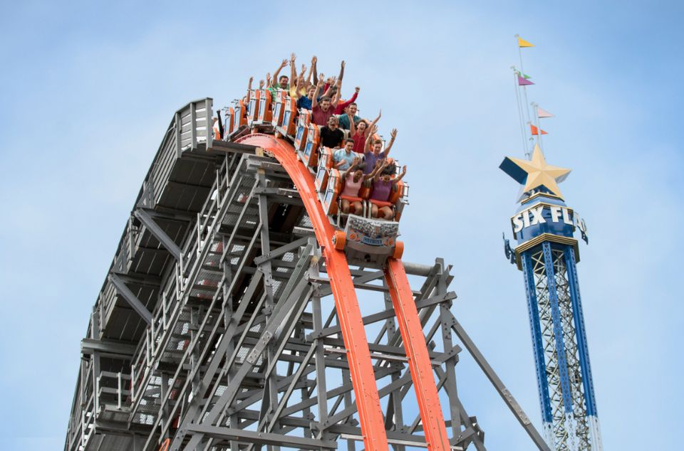 Wicked Cyclone coaster at Six Flags New England