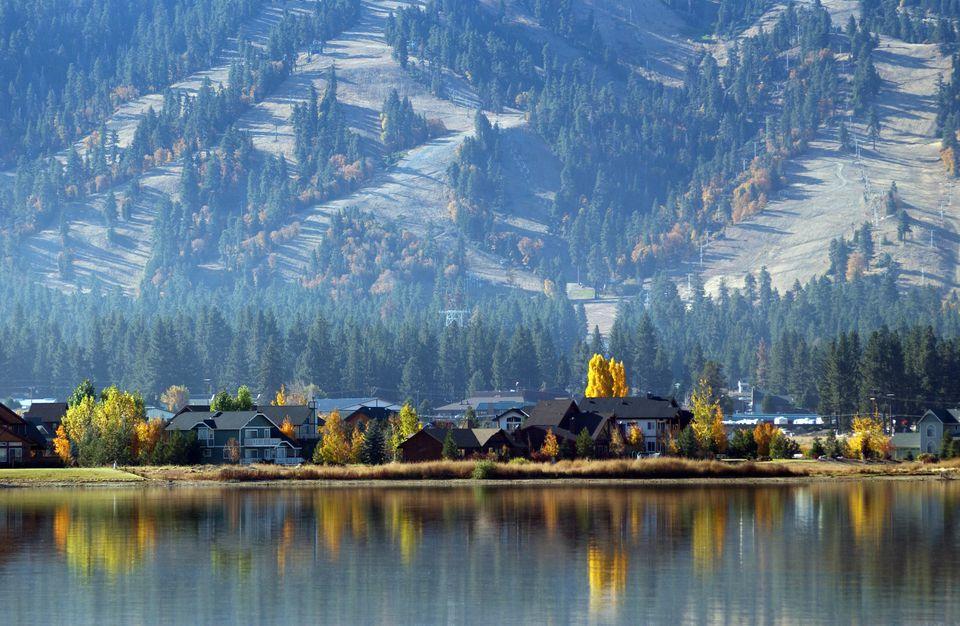 USA - Travel - Big Bear Lake in California
